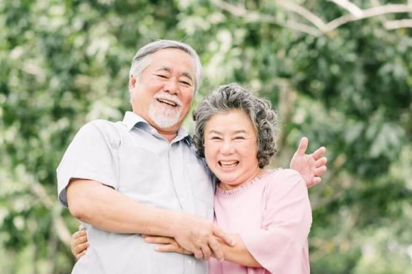 Elderly couple wondering when does a life insurance policy lapse?